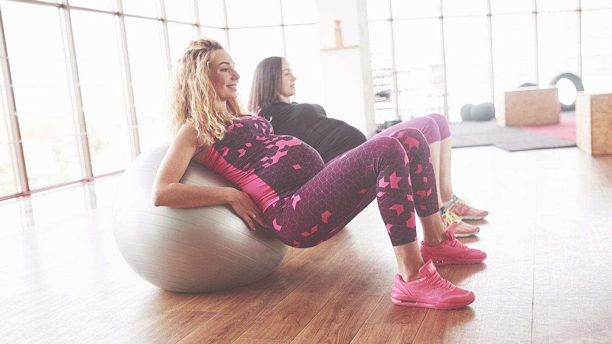 Přiměřený pohyb v těhotenství je důležitý pro správný vývoj miminka a také pro udržení fyzické kondice maminky.